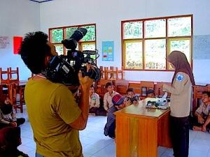 Simulasi belajar siswa SMK di kelas. (Foto: Yudha PS)